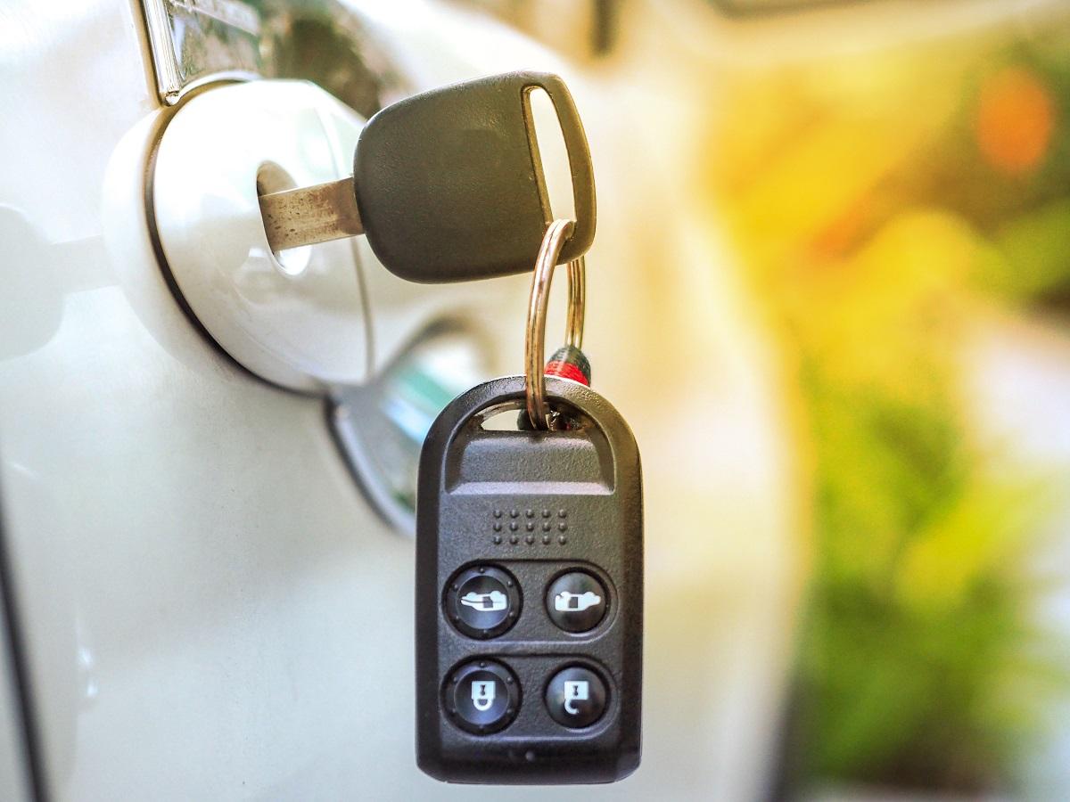 9 Tips on How to Avoid Losing Your Car Keys - Car Keys ...